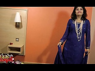 Amateur Babe Big Tits Boobs Hot Housewife Indian Juicy