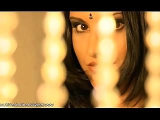Brunette Dancing Erotic Exotic HD Indian MILF Oriental