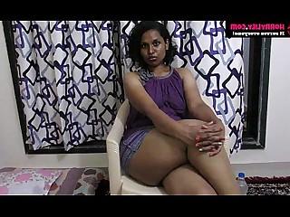 Amateur Babe Exotic Horny Indian Mammy MILF Seduced
