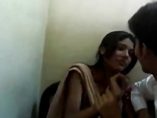 Beauty College Indian Kiss