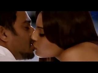 Exotic Hot Indian Juicy Kiss