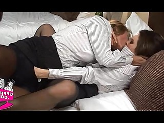 18-21 Amateur Babe Hot Lesbian Pussy Shaved Teen